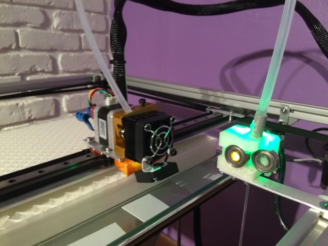 Aaron Tunnell's 3D Printer Filament monitor to auto pause prints in case of a jam or filament running out